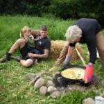 unsere Bratkartoffeln kommen aufs Feuer