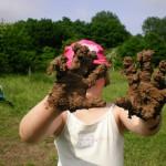fleißige Lehmhände
